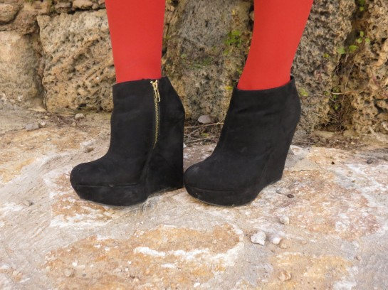 Red tights with black booties